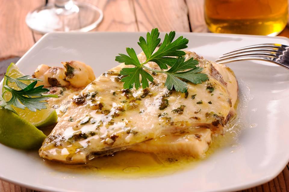 Trancio di pesce spada in salsa d 39 agrumi e pomodori verdi super carni - Secondi piatti da cucinare in anticipo ...